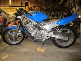 1989 Honda Cb 1,  Cb400f Bike Ohlins Shock photo