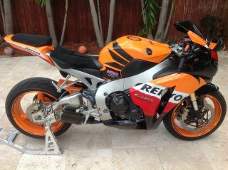Honda Cbr 1000,  Repsol 2009 photo