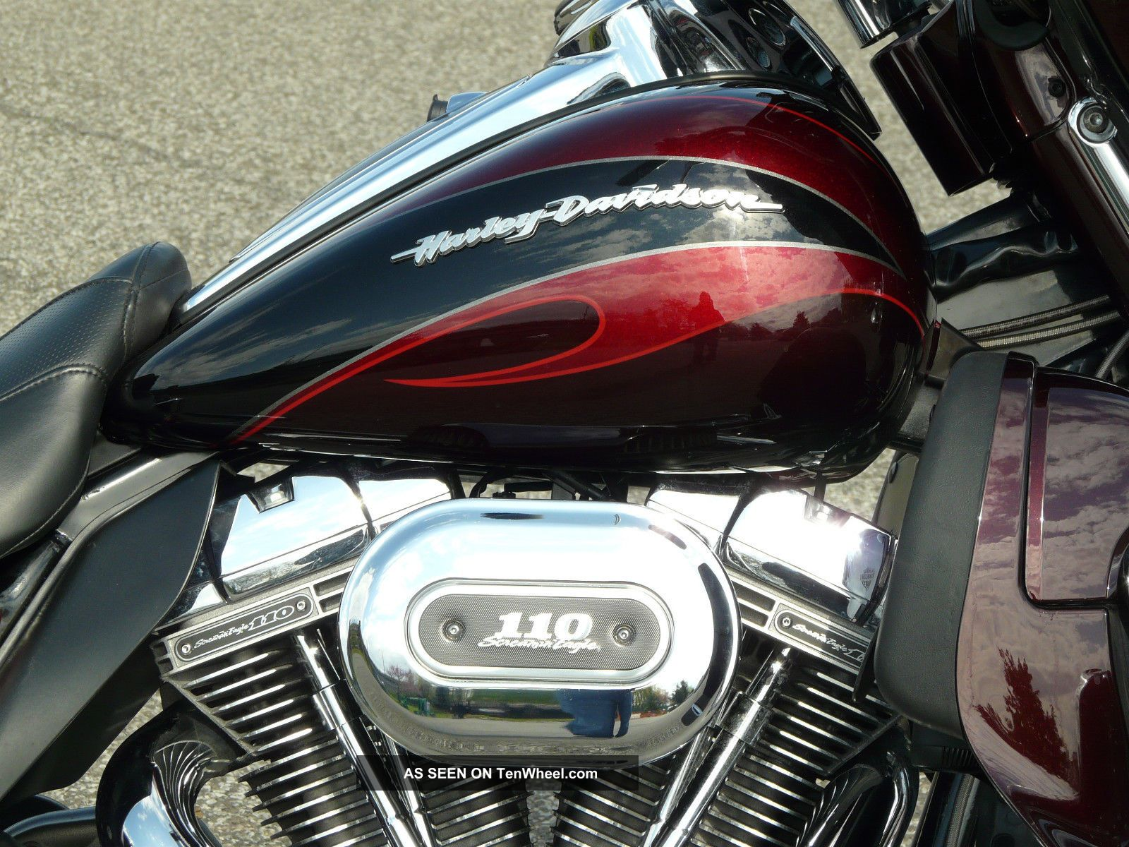 Electra Glide Ultra Classic Cvo 110 Screaming Eagle Touring photo 12