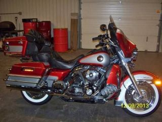 2000 Harley Davidson - Flhtcui - Touring Motorcycle photo