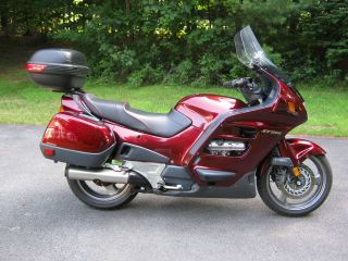 2001 Honda St1100 Abs / Tcs photo