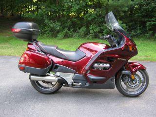 2001 Honda St1100 Abs / Tcs photo