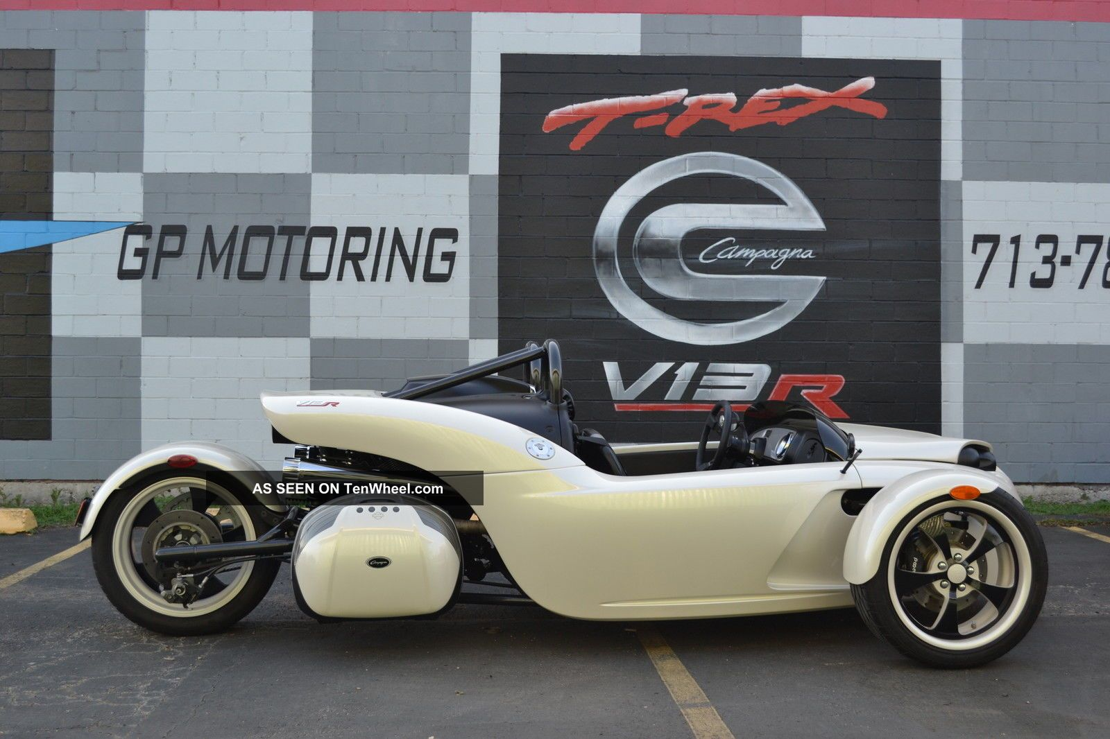 2011 Campagna V13r Pearl White
