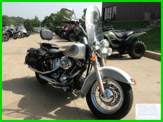 2008 Harley Davidson Heritage Softail Classic photo