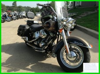 2005 Harley Davidson Heritage Softail Classic photo
