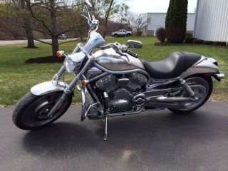 2002 Harley V - Rod Chrome On Silver Limited Edition photo