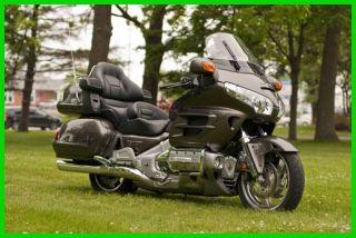 2009 Honda Gold Wing® Gold Wing Audio Comfort Navi Xm Abs photo