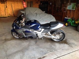 2006 Suzuki Hayabusa 1300,  Stretched,  Brock ' S Exhaust,  Chrome Wheels,  Chain photo