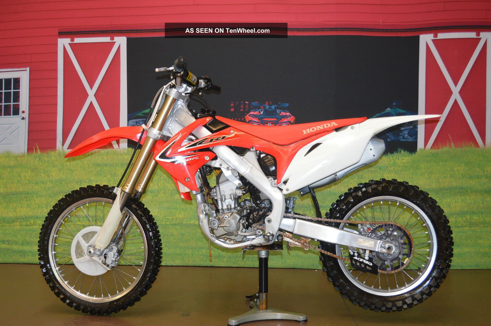 Make Offer 2012 Honda Crf 250r,  Four Stroke,  Has Title,  Fuel Injected,  Pro Taper CRF photo