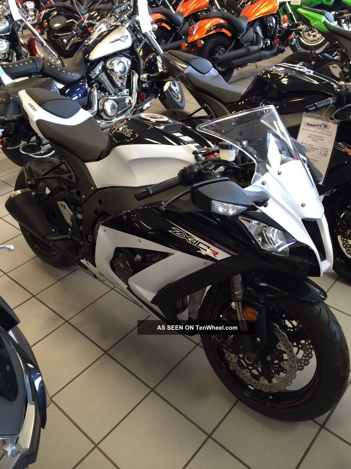 2013 Kawasaki Ninja Zx - 10r White / Black Zx1000jdf Ninja photo