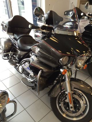 2012 Kawasaki Vulcan 1700 Voyager Gray / Black 009707 photo