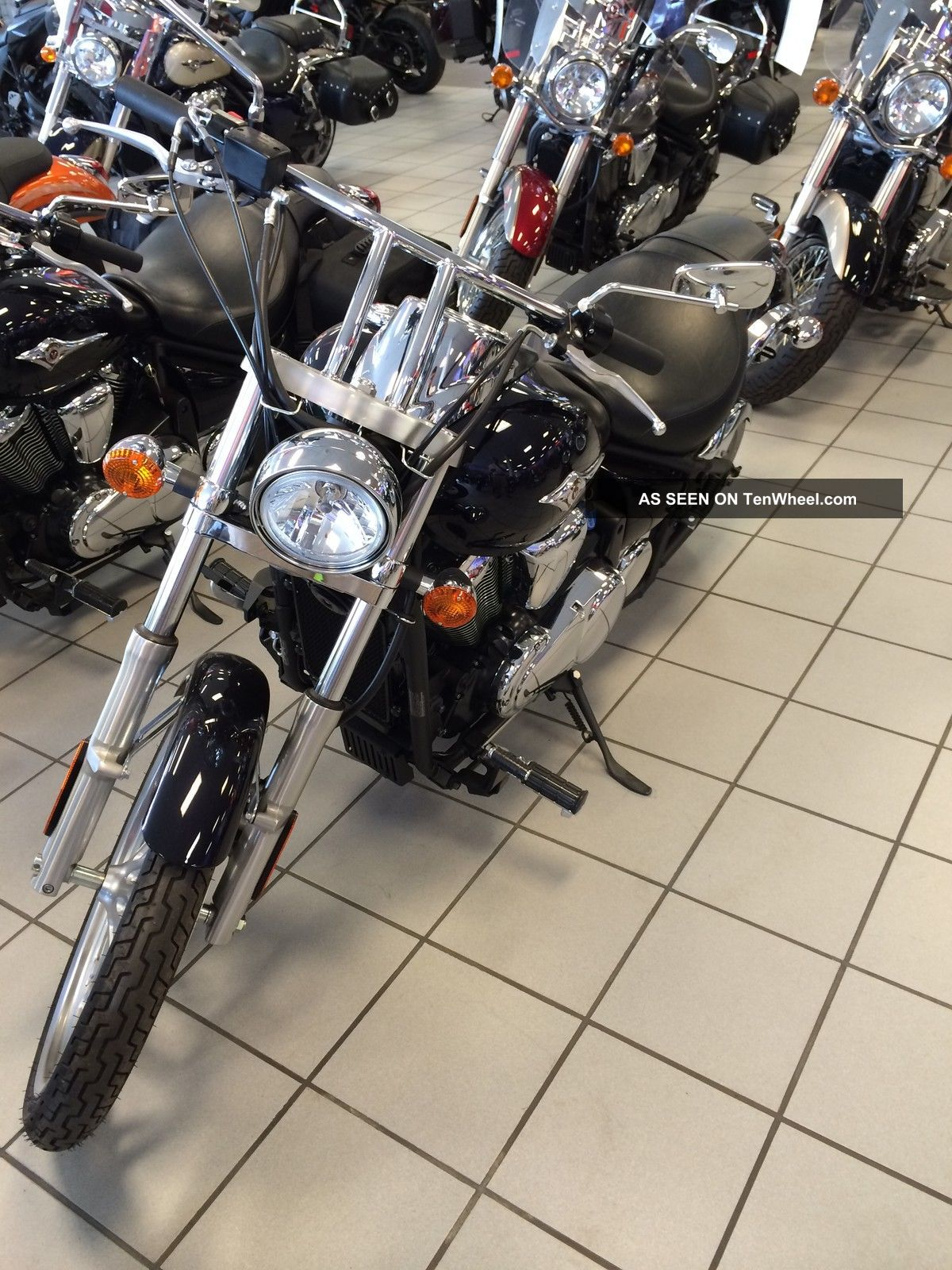 2012 Kawasaki Vulcan 900 Custom Purple / Black Vn900ccf Vulcan photo