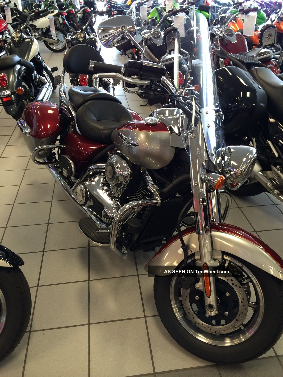 2012 Kawasaki Vulcan 1700 Nomad Red Vn1700ccf Vulcan photo