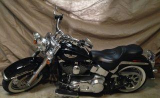 2005 Harley Davidson Softail Deluxe Flstni photo