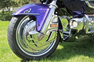 2003 Honda Goldwing Gl1800 Garmin Zumo Chrome Package Kuryakyn Bike photo