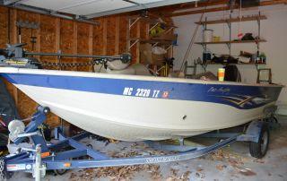 2008 Smokercraft 171 Pro Angler photo