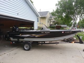 2010 Smokercraft Pro Angler 161 photo