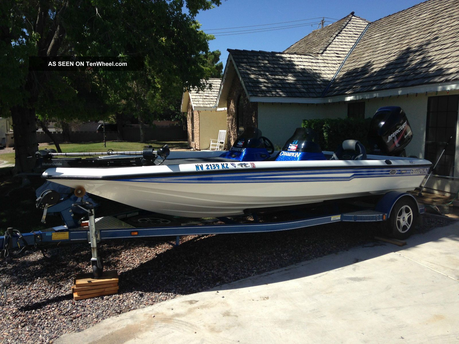 2004 Champion Boats 188 Elite Bass Fishing Boats photo