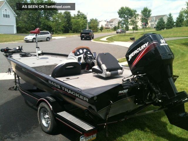 2007 Bass Tracker Pro Team 190 Tx Bass Fishing Boats photo