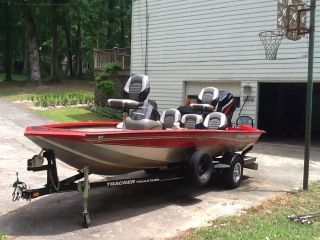 2006 Bass Tracker Pro Team 175 Aw photo
