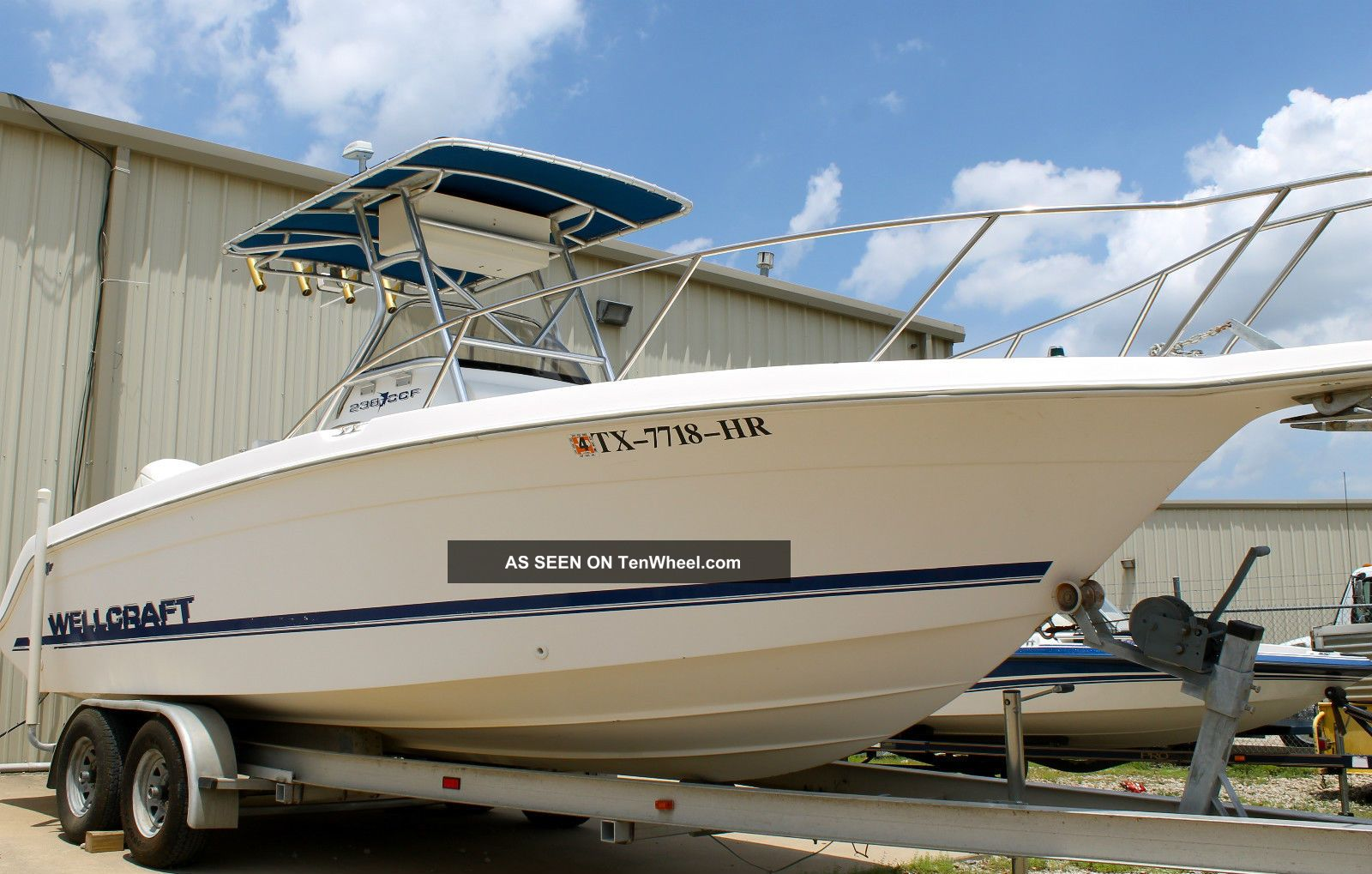 1996 Wellcraft 238 Ccf Off Shore Offshore Saltwater Fishing photo