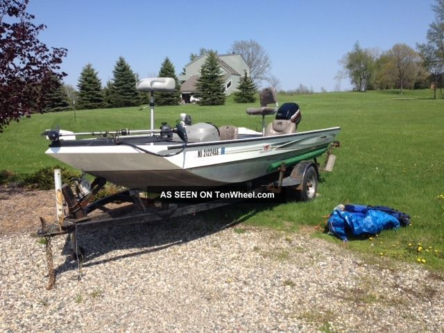 2007 Triton Ts - 18 Bass Fishing Boats photo