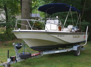1987 Boston Whaler Outrage photo