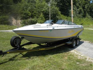 1990 Baja Islander 226 Open Bow photo