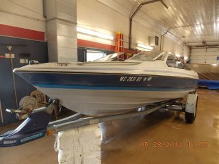 1989 Bayliner Capri 1900 photo
