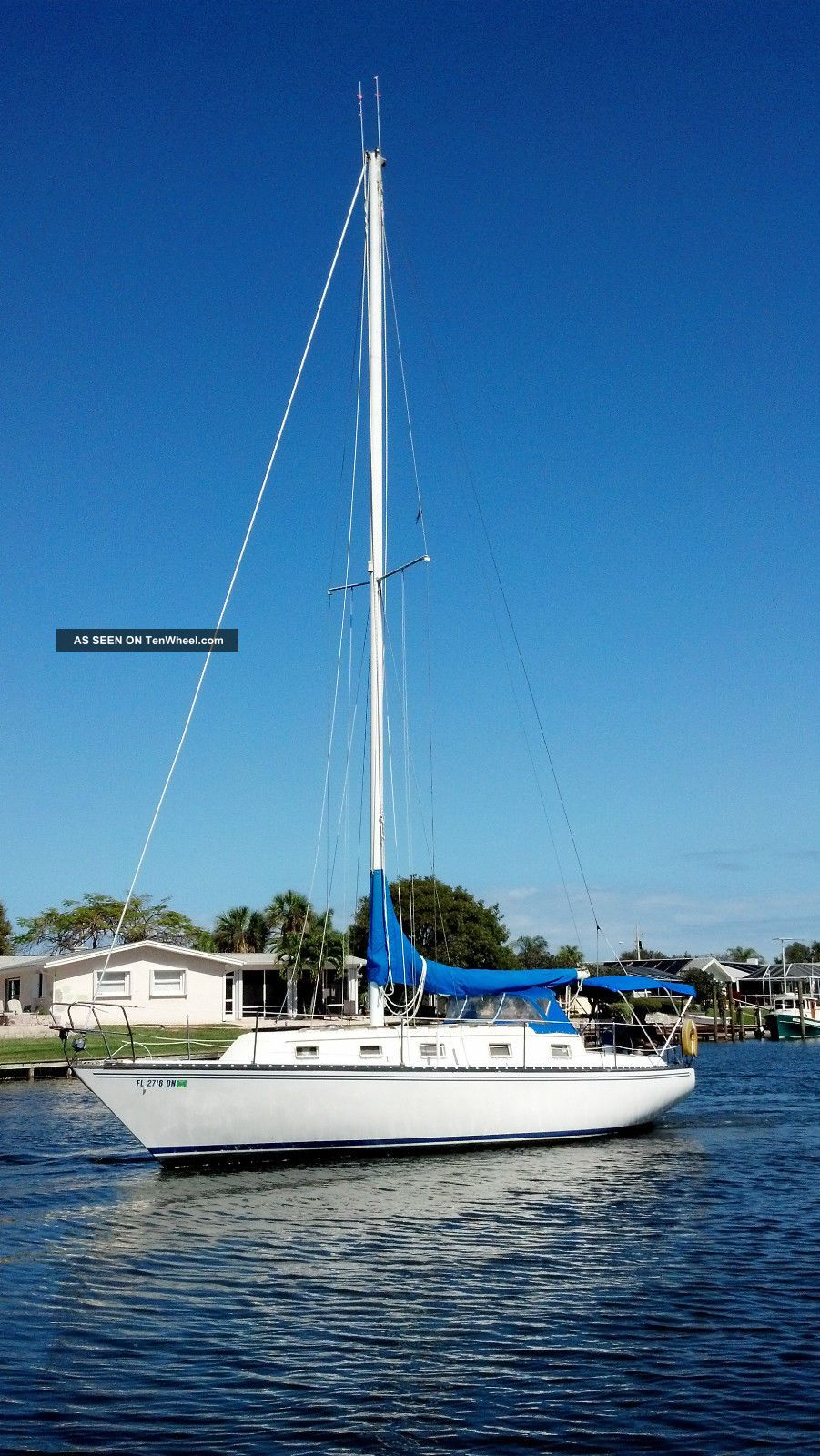 1980 Hunter Cherubini Sailboats 28+ feet photo