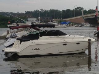 1999 Rinker Fiesta Vee photo
