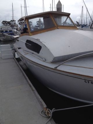1969 Chris Craft Commander photo