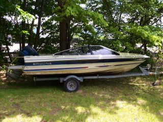 1987 Bayliner Capri photo