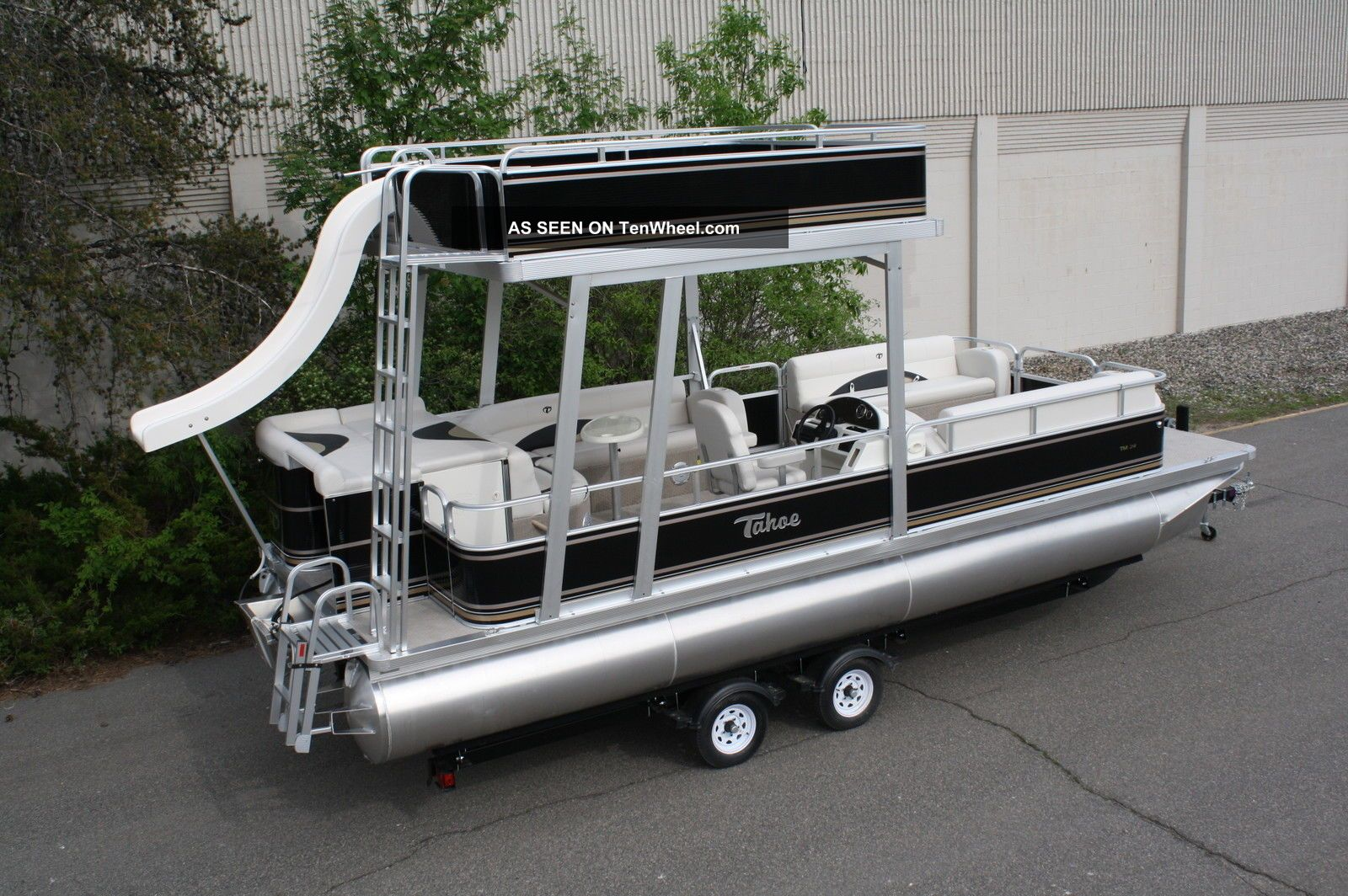2013 Tahoe Grand Island 24 Pontoon / Deck Boats photo