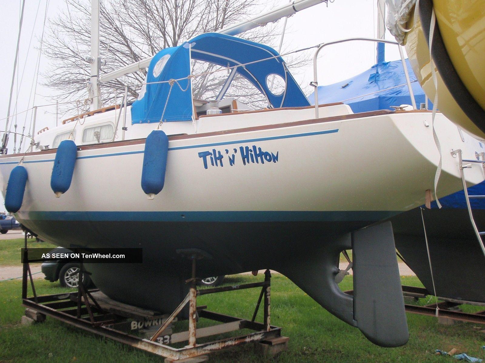1972 Pearson 33 Sailboats 28+ feet photo