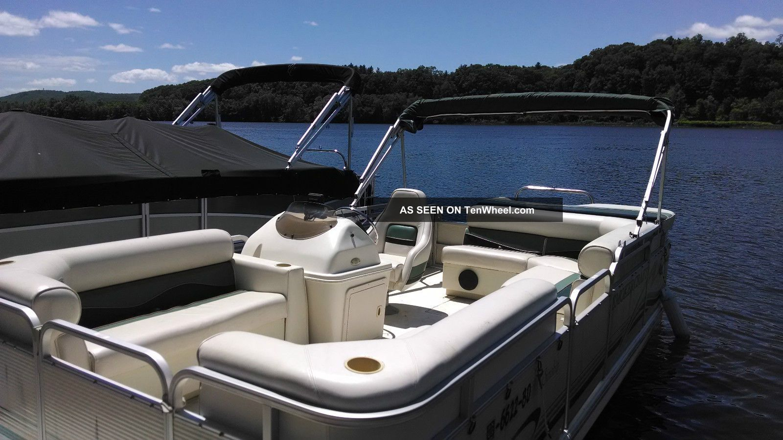 2001 Smoker Craft 1900 Pontoon / Deck Boats photo