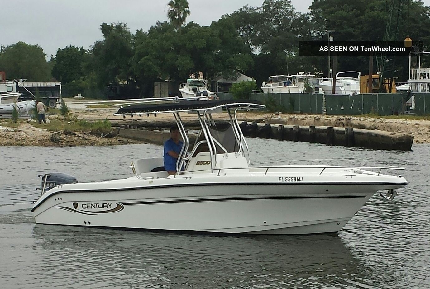2003 Century Offshore Saltwater Fishing photo