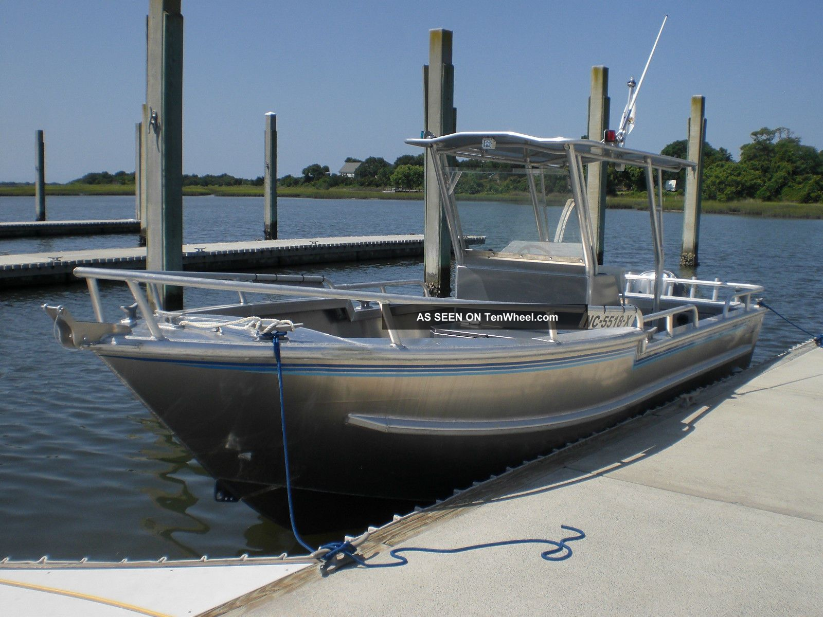 2013 Armstrong Marine Inc.  26 Center Console Other Powerboats photo