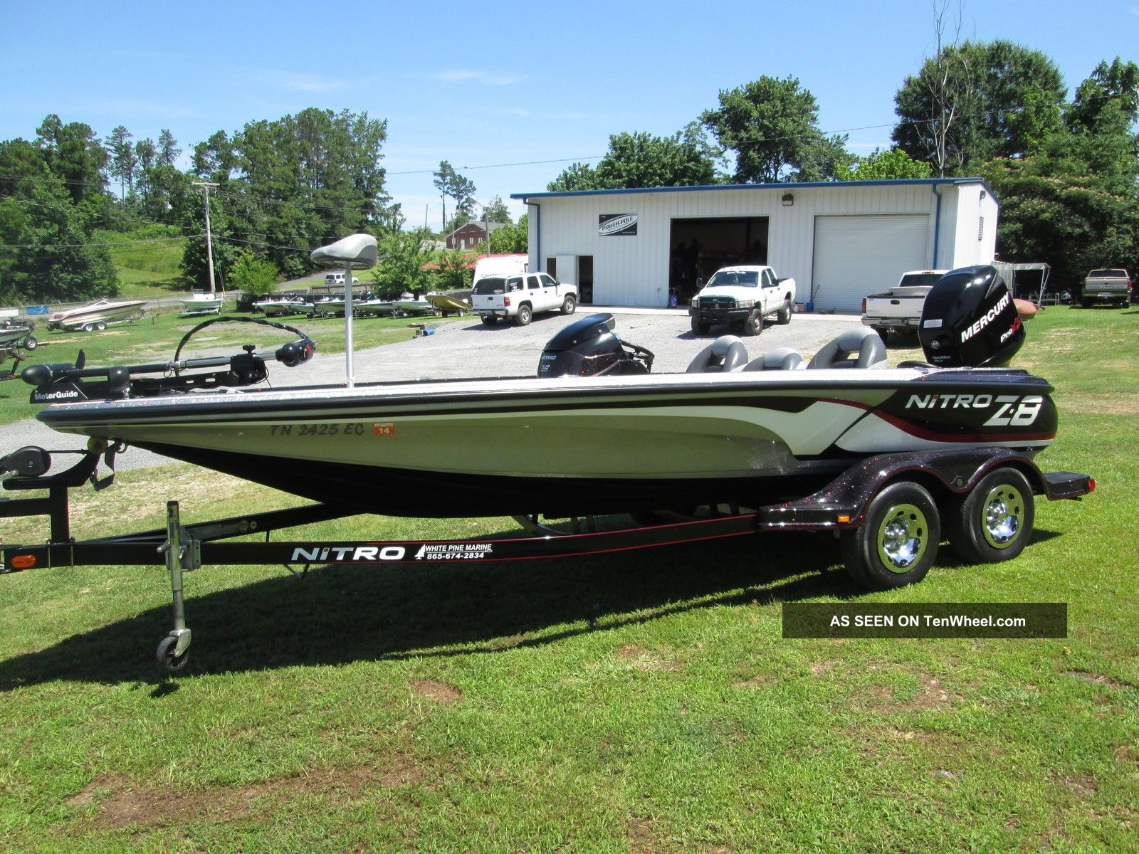 2011 Nitro Z8 Bass Fishing Boats photo