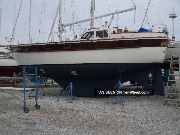 1984 Pan Oceanic Pilothouse Sloop / Cutter Sailboats 28+ feet photo