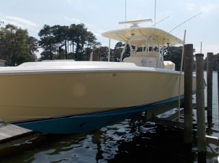 2004 Venture 34 ' Cuddy photo