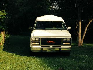 1994 Gmc Handicap Van photo