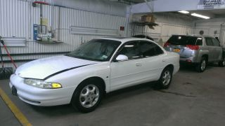 1999 Oldsmobile Intrigue Gls Sedan 4 - Door 3.  5l photo
