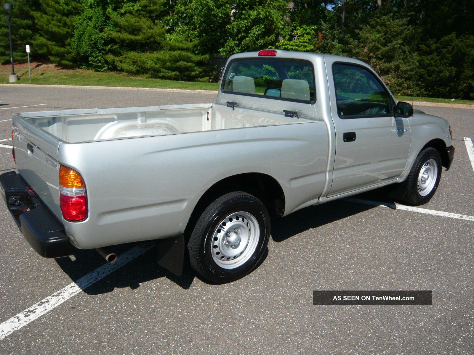 2004 toyota tacoma base standard cab pickup 2 door 2 4l. Black Bedroom Furniture Sets. Home Design Ideas
