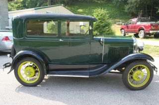 Ford 1930 Model A photo