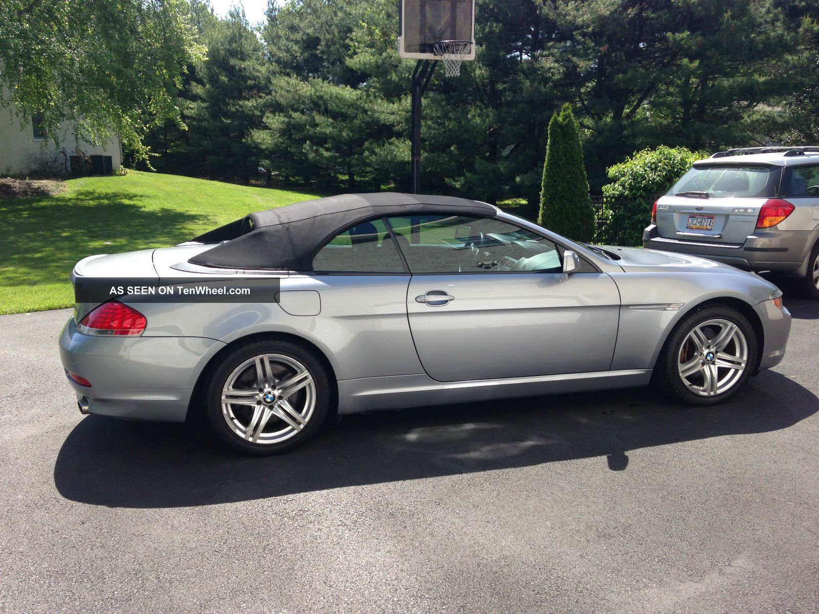 2006 bmw 650i convertible 2 door 4 8l two keys manuals garage kept smoke. Black Bedroom Furniture Sets. Home Design Ideas