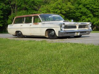 1963 Pontiac Safari Wagon.  Well Sorted,  Full Air Ride,  Crowd Pleaser,  Turn Key photo
