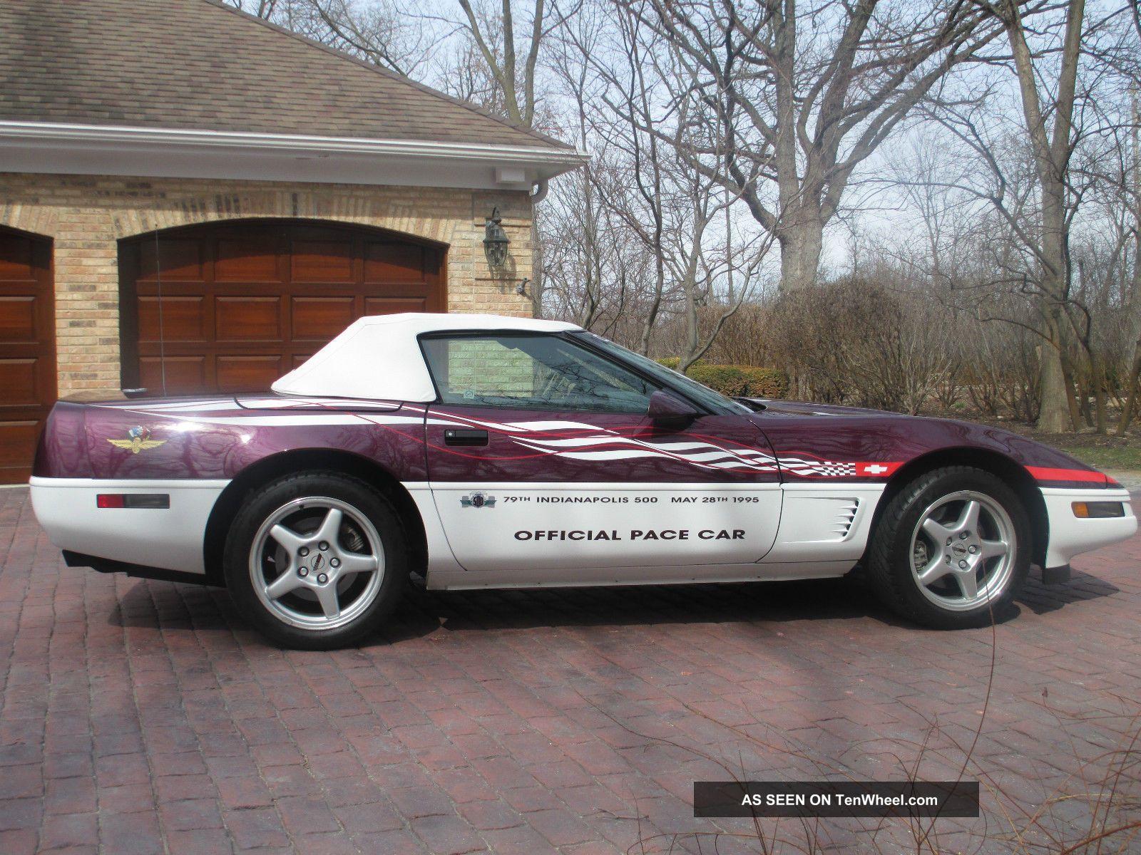 1995 Chevrolet Corvette Base Convertible 2 - Door 5.  7l Corvette photo