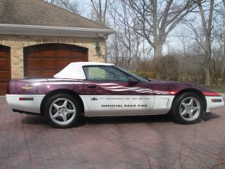 1995 Chevrolet Corvette Base Convertible 2 - Door 5.  7l photo