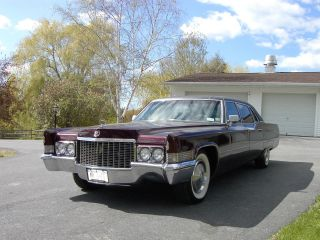 1970 Fleetwood Limousine photo